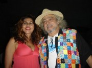 com Cristina Amaral