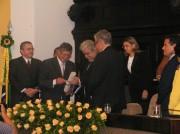 Recebendo o Diploma de Pernambucano