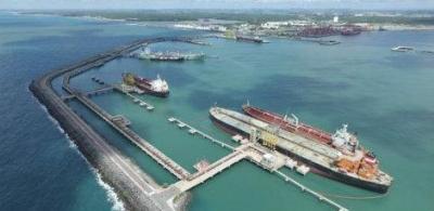Porto de Suape lidera movimentação de petróleo no País em 2016