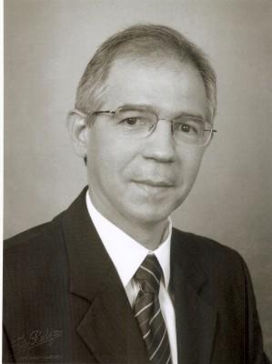 Dr. Ant&ocirc;nio Aguiar<br />2002 – 2005