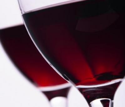Entenda a diferença entre vinhos finos e vinhos de mesa
